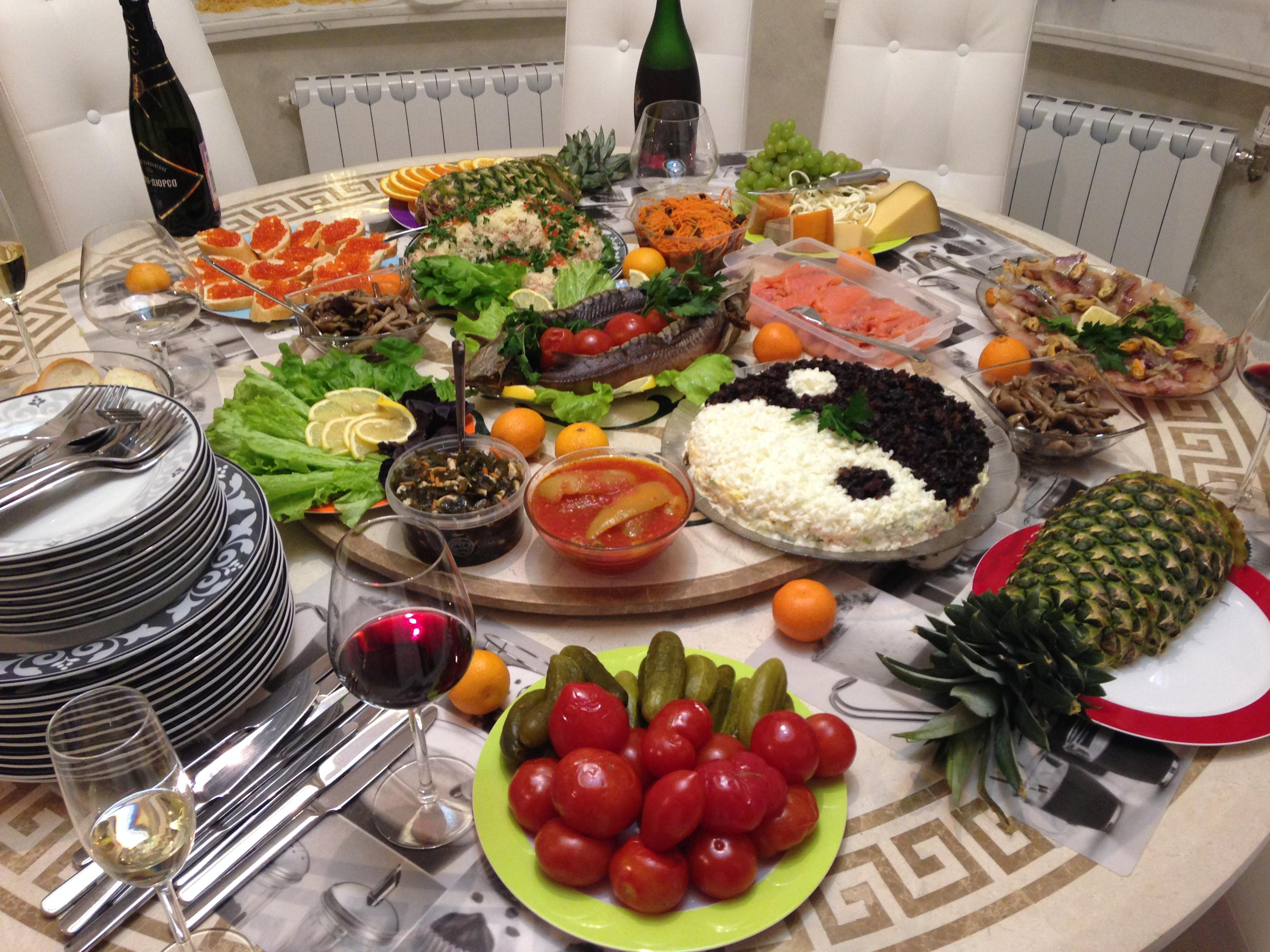 russian dining table new years eve