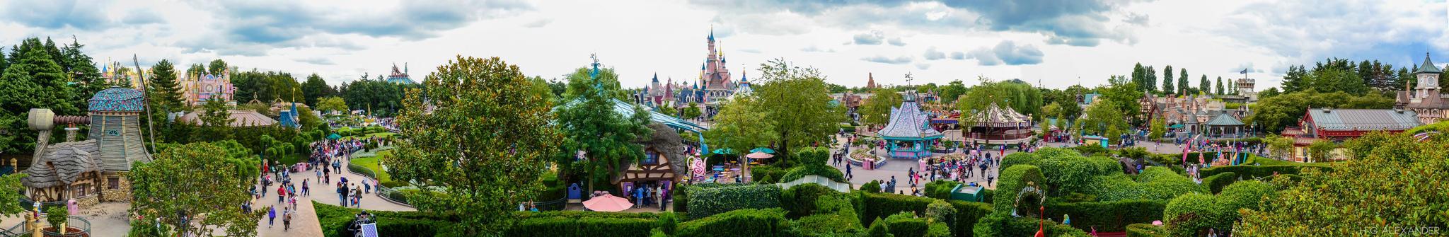 Disney Land Paris Top 5 Theme Parks