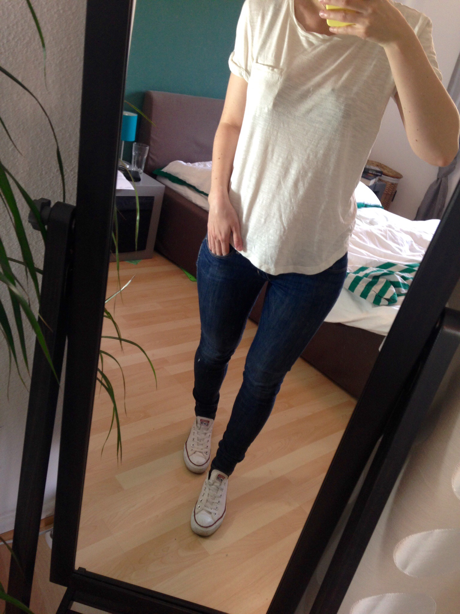 White Shirt Outfit - Summer Capsule