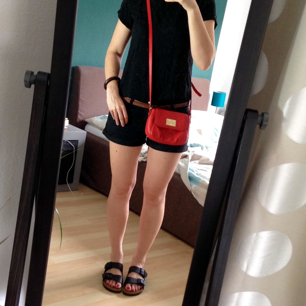 All Black Shorts Outfit 3