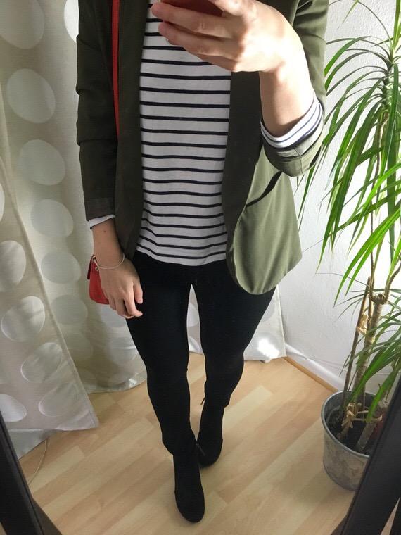 Lagnlook im Winter - der oliv farbener Blazer gestreiftes Langarmshirt
