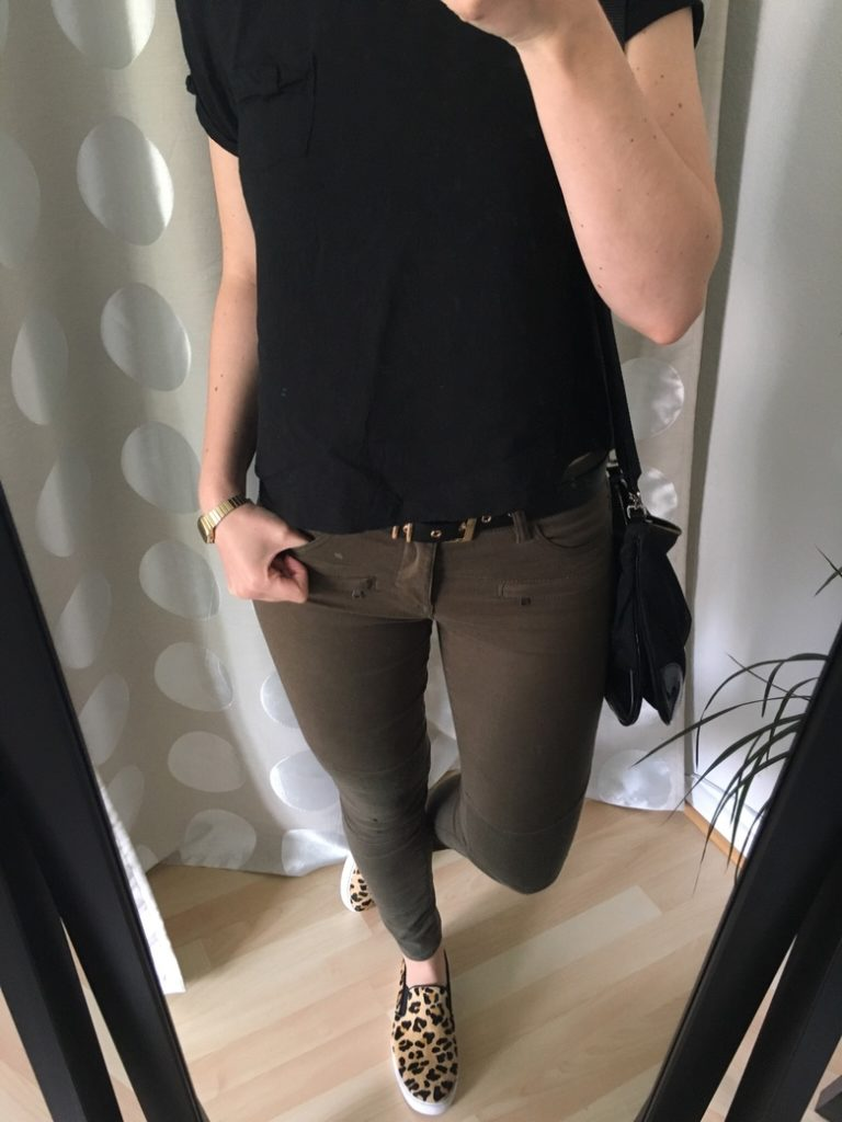 Khaki Hose Leo Schuhe Outfit