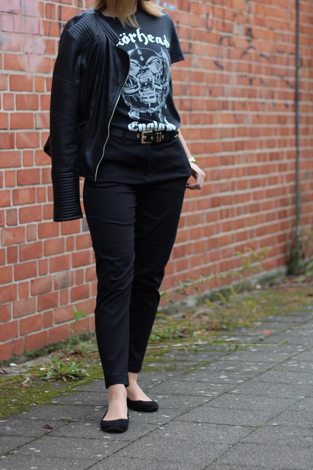 slacks-bandshirt-outfit