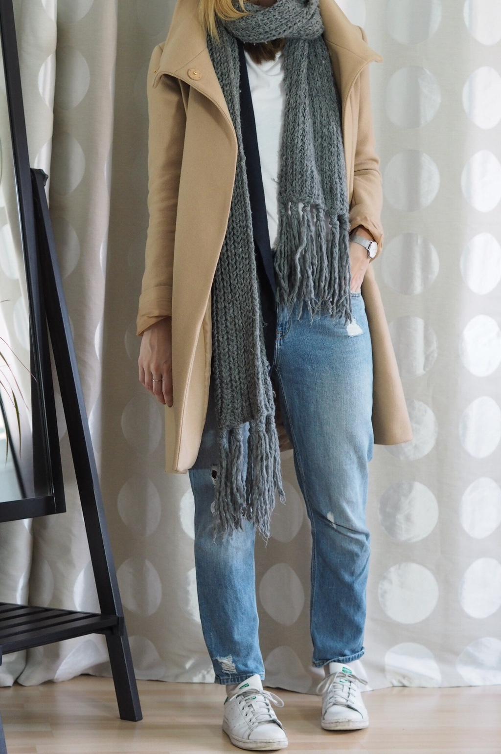 Girlfriend Jeans Winter Mantel Outfit