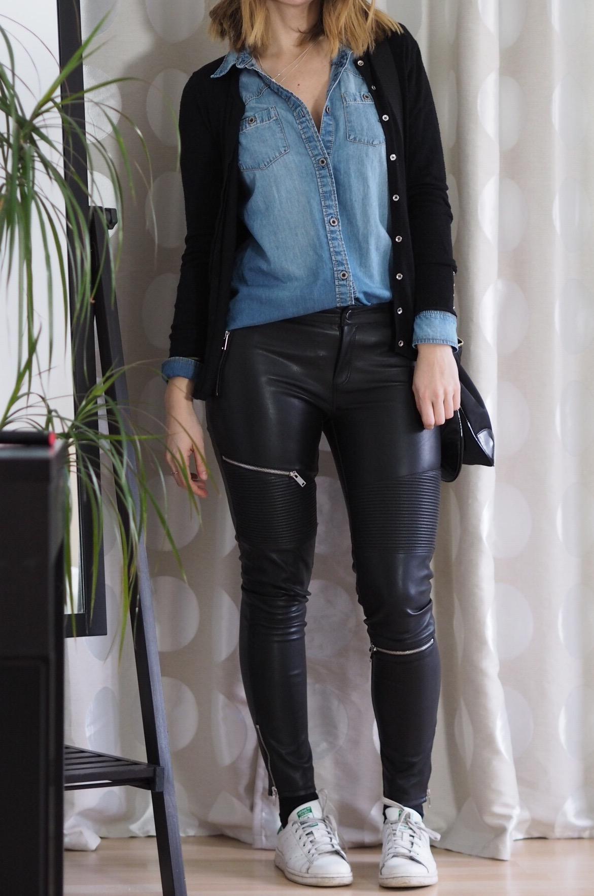Outfit Modeblogger Zara Lederhose Jeanshemd Modeblogger