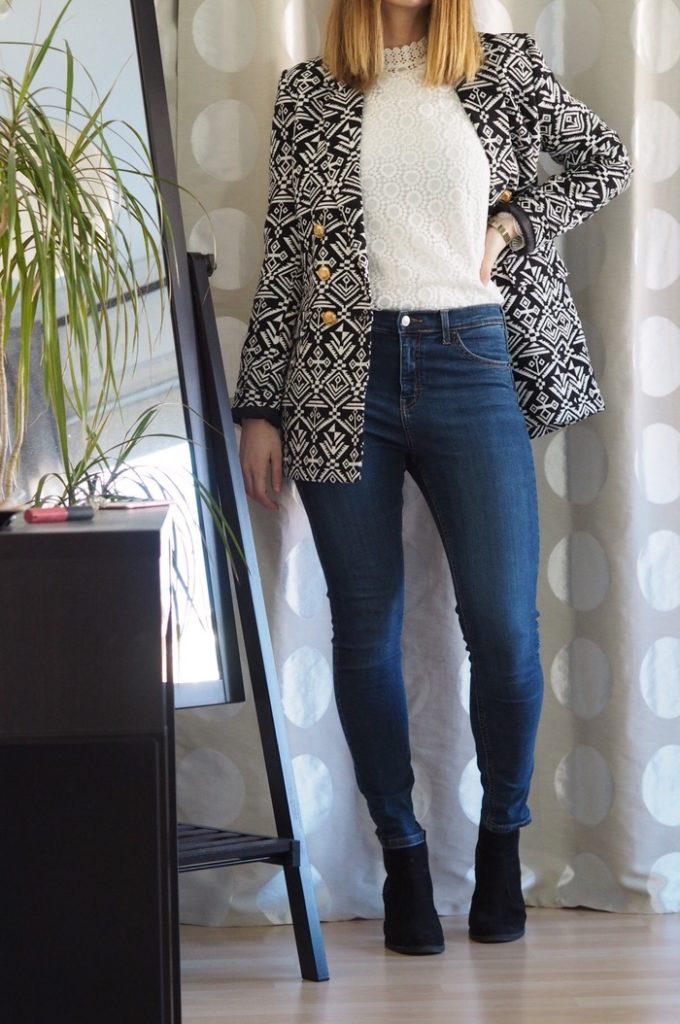 Lena-Terlutter-Blazer-kombinieren-Spitzenbluse-Outfit