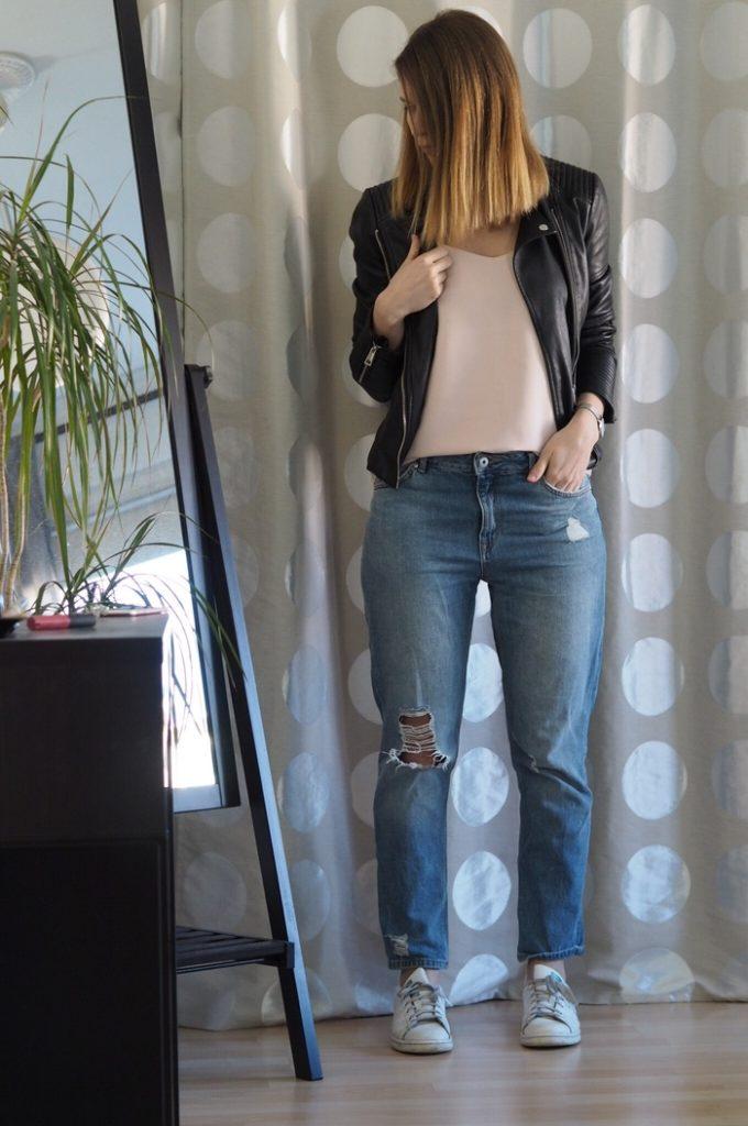 rosa-Trägertop-Boyfriend-Jeans-Frühling-Outfit-2017