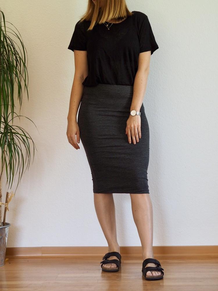 Midirock und Leinenshirt Sommer 2017 Outfit Birkenstock Modeblogger