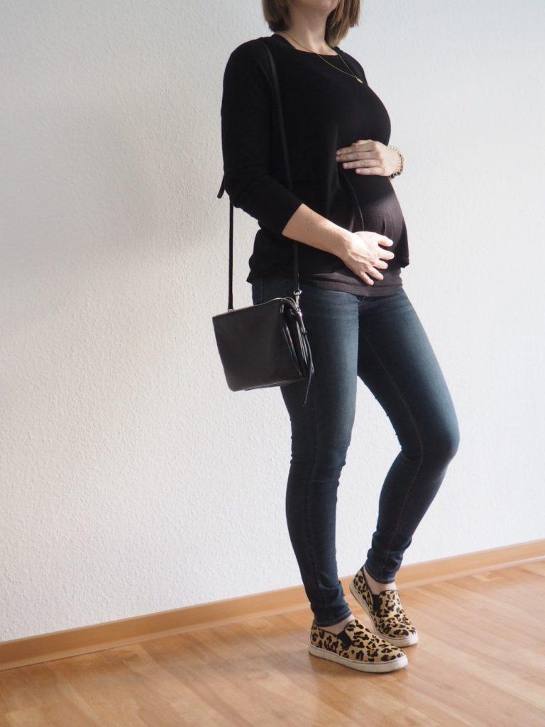 Capsule-Wardrobe-Beispiel-Outfit-Schwangerschaft-Herbst-2017