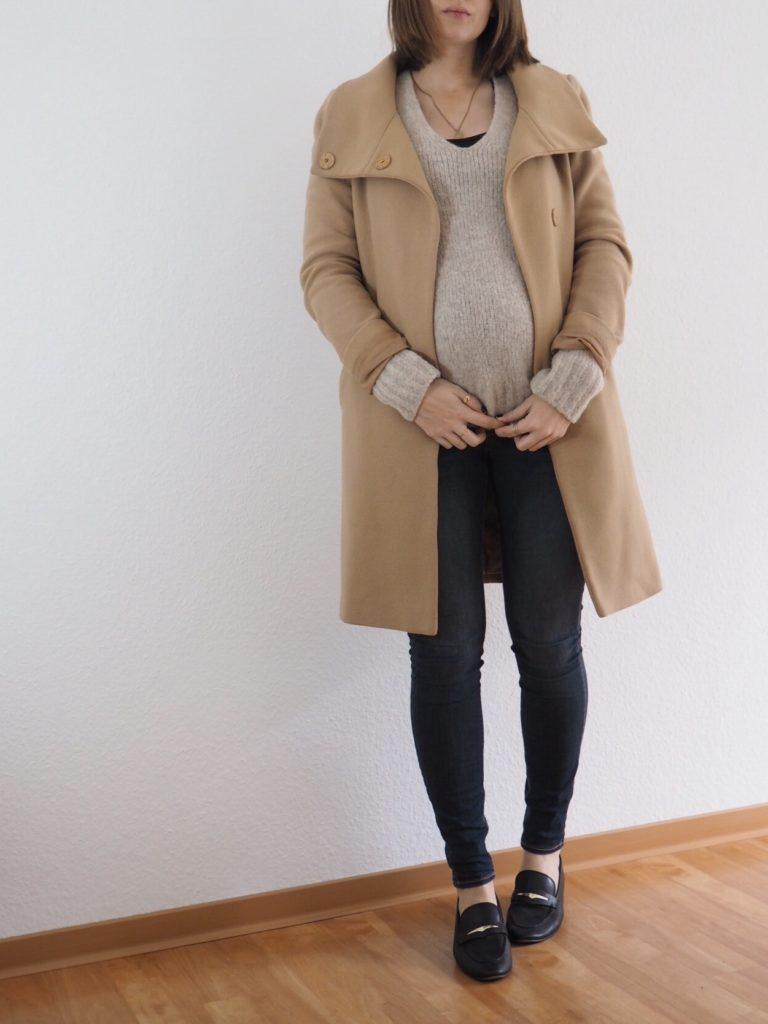 Edited-Pullover-Outfit-umstandsmode-camel-coat