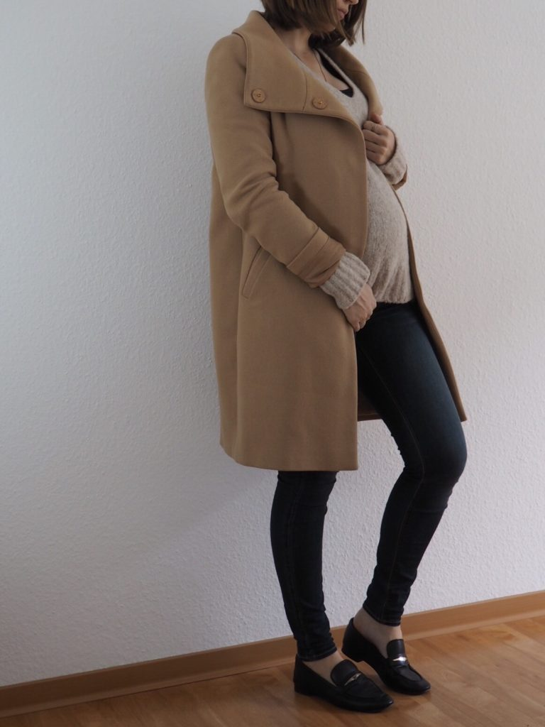 Edited-Pullover-Outfit-umstandsmode-camel-coat
