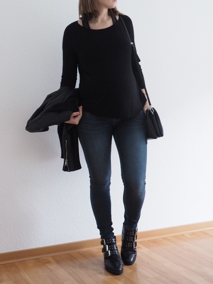Nieten-Boots-Outfit-Asos-Boots-schwarzer-Pullover
