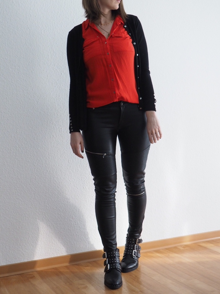 Frühlings-Outfit-2018-rot-Lederhose-Givenchy-Boots