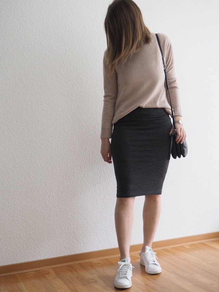 Midirock-Pullover-Outfit-Stan-Smith-Fruehling-2018-Sommer-Look