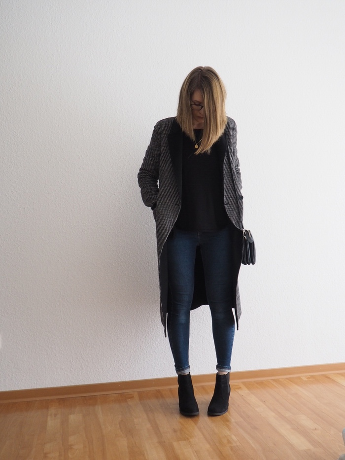 karierter mantel kombinieren basic chic winter outfit -1