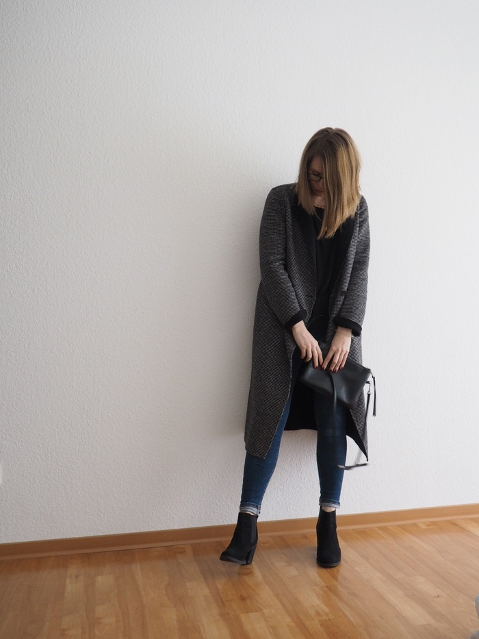 karierter mantel kombinieren basic chic winter outfit