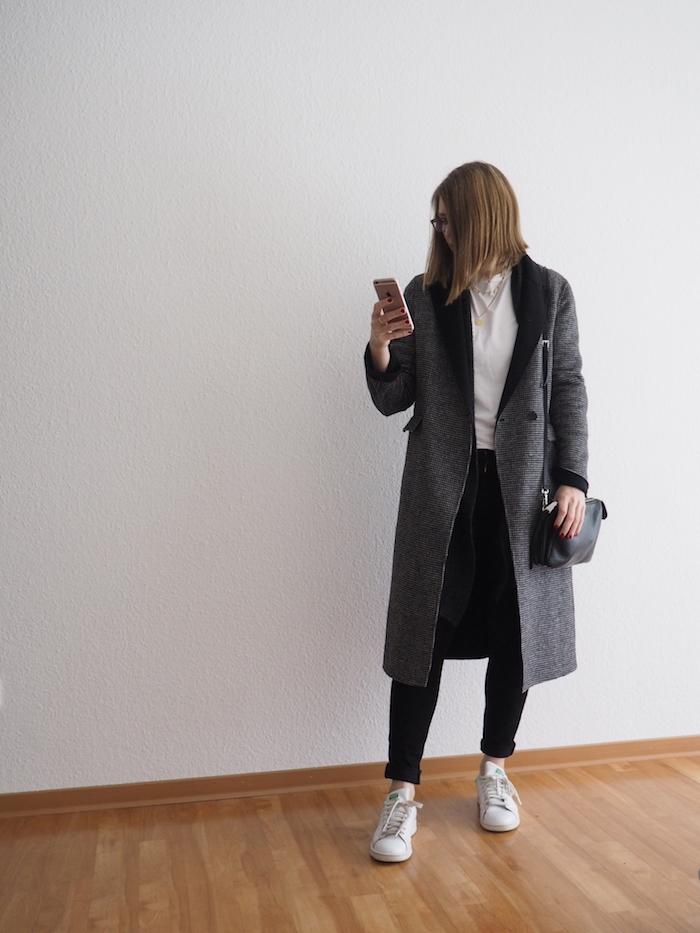 karierter-mantel-kombinieren-winter-outfit-2019